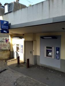 La Banque Postale - Banque - Montreuil