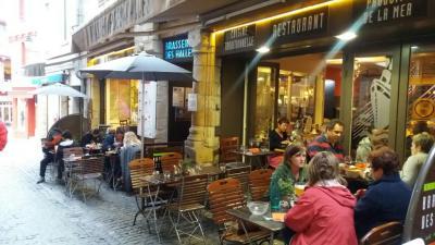 La Brasserie Des Halles - Restaurant - Vannes