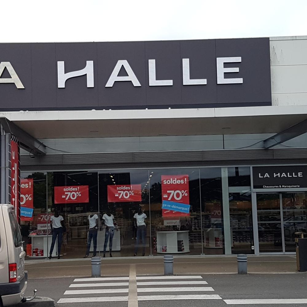 La Halle Chaussures et Maroquinerie Pessac Maroquinerie