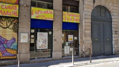 La Passerelle D'eau De Robec Association - Association humanitaire, d'entraide, sociale - Lyon
