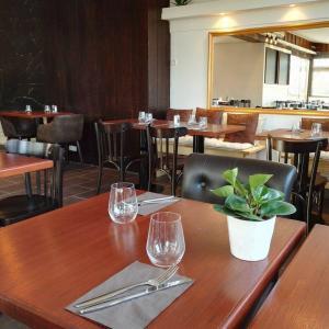 La Petite Auberge - Restaurant - Neuilly-sur-Marne