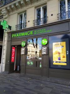 Pharmacie de la Place de la République - Pharmacie - Paris