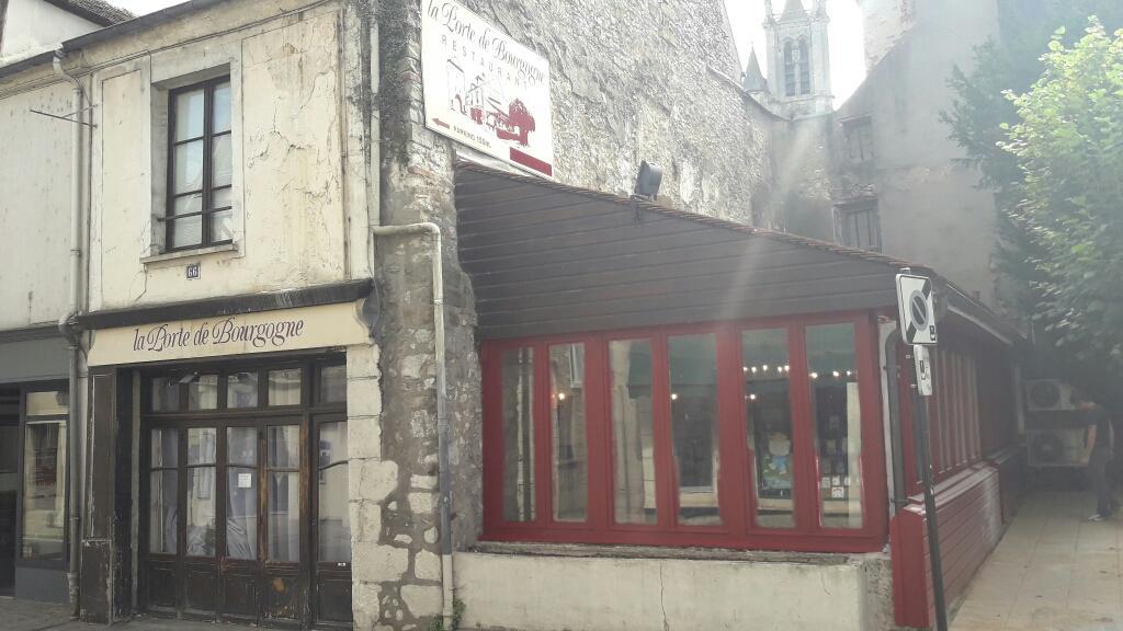 La Porte De Bourgogne Moret Loing Et Orvanne Restaurant
