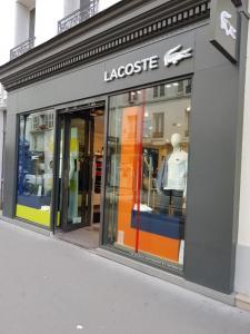 Lacoste - Vêtements homme - Paris
