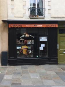 Monsieur Sylvain Langlois - Librairie - Rennes
