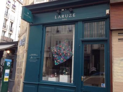 Laruze Paris - Horlogerie en gros - Paris