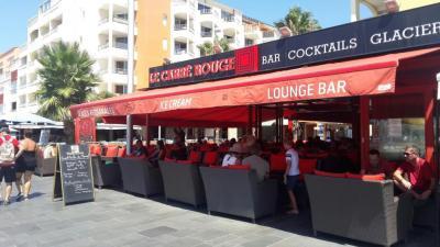 Le Carré Rouge - Bar à thèmes - Agde