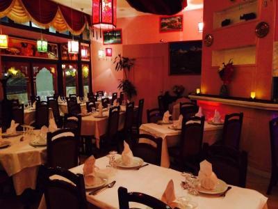 le Lac de l'Himalaya Dinuja - Restaurant - Créteil