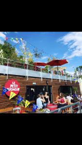 Le Petit Baigneur - Café bar - Nantes