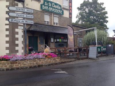 Le Saint Charles Bar Le Saint Charles 2 - Restaurant - Avranches