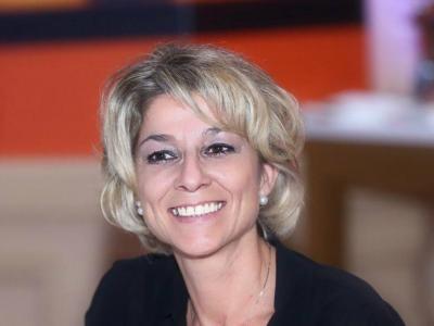 Karine Leschi - Soins hors d'un cadre réglementé - Pau