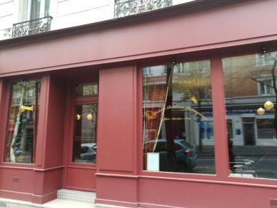 Les Maîtres Barbiers Perruquiers - Coiffeur - Paris
