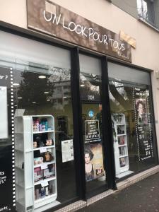 Un Look pour Tous - Coiffeur - Montreuil