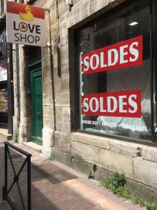 Lovely Center - Articles et librairies érotiques - Bordeaux