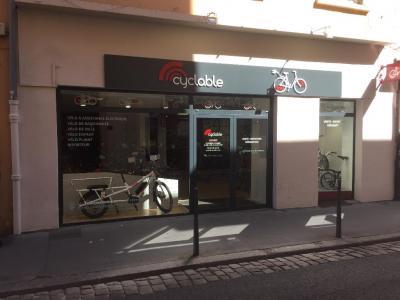Cyclable - Magasin de sport - Lyon