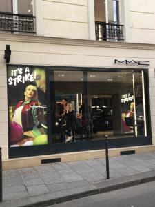 Mac Cosmetics - Magasin de cosmétiques - Paris