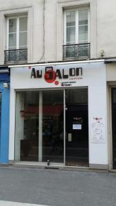Au salon - Coiffeur - Paris