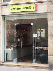 Matière Première - Fabrication de bijoux fantaisie - Paris