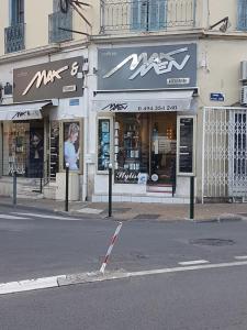 Max & Maxmen - Coiffeur - Hyères