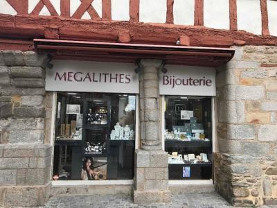 Mégalithes Fraga 56 Les - Bijoux - Vannes