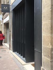 Mona - Horlogerie en gros - Bordeaux