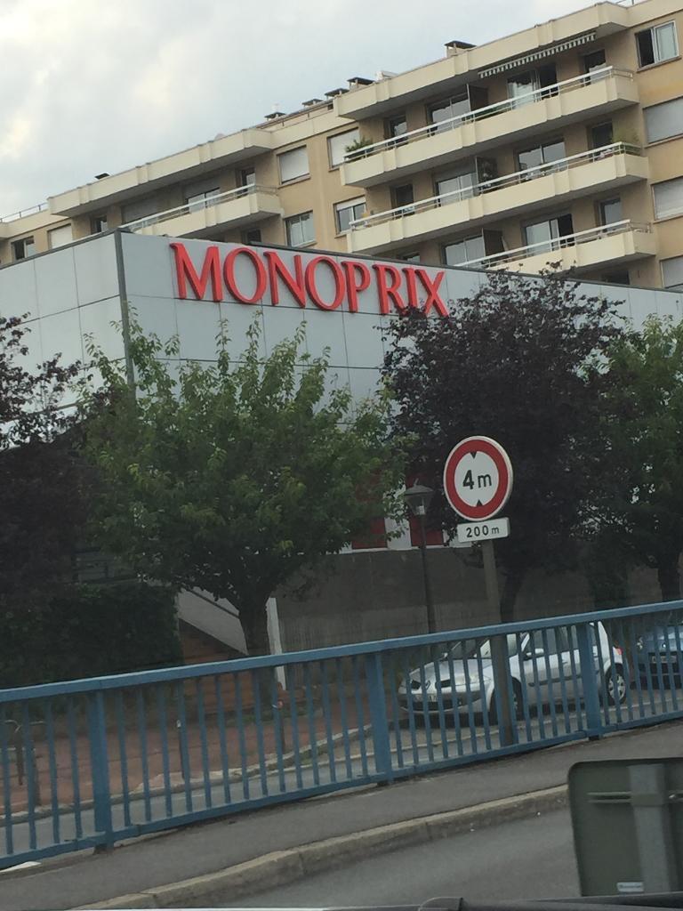 Quai Maurice Berteaux 78230 Le Pecq monoprix, 24 qu maurice berteaux, 78230 le pecq - station
