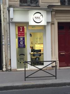 Nail Minute - Manucure - Paris