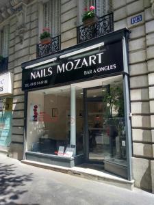 Nail Mozart - Manucure - Paris