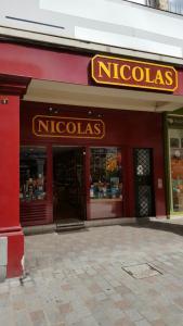 Nicolas - Lieu - Reims