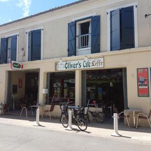 Oliver'S Café SARL - Restaurant - Meschers-sur-Gironde