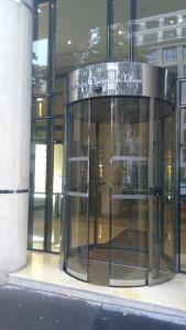 Parfums Christian Dior - Vente en ligne et par correspondance - Paris