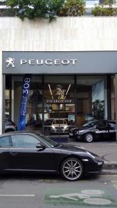Peugeot PSA Retail Paris 16 Concessionnaire - Concessionnaire automobile - Paris