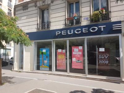 Peugeot PSA Retail Paris Italie Concessionnaire - Location de motos et de scooters - Paris