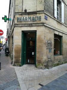 Pharmacie Des Carmes - Pharmacie - Bordeaux