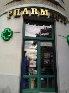 Pharmacie Du Bateau Lavoir - Pharmacie - Paris