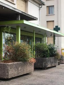 Pharmacie du Charréard - Pharmacie - Vénissieux