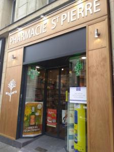Pharmacie Saint Pierre - Pharmacie - Paris