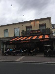 Pontfremy Les Touristes - Restaurant - Caen