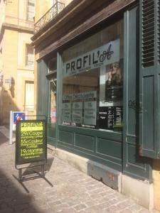 Profil A - Coiffeur - Metz