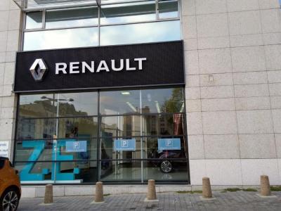 Renault Retail Group - Dépannage, remorquage d'automobiles - Montreuil