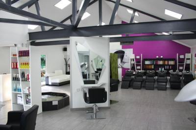 Robin Gauthier Votre Salon de coiffure - Coiffeur - L'Etang-Salé