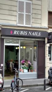 Rubis Nails - Manucure - Paris