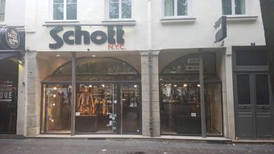 Schott Et Elektrode Groupe Jaj - Vêtements sportswear - Paris