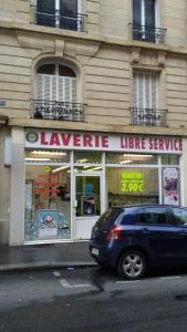 Self Blanc Drug - Laverie - Paris