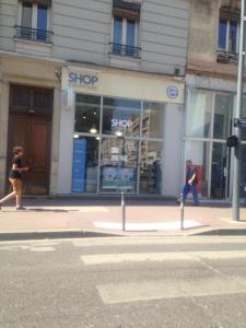 Shop Coiffure A.m.b. Distribution - Matériel pour soins esthétiques - Villeurbanne