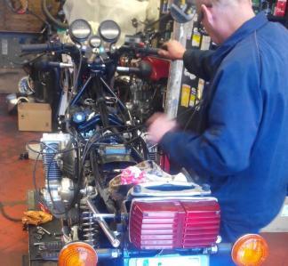 Six Cylindres Motos - Vente et réparation de motos et scooters - Marseille