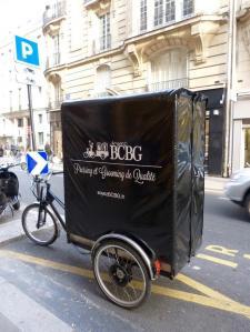 Soyez B . C . B . G . - Couture et retouches - Paris