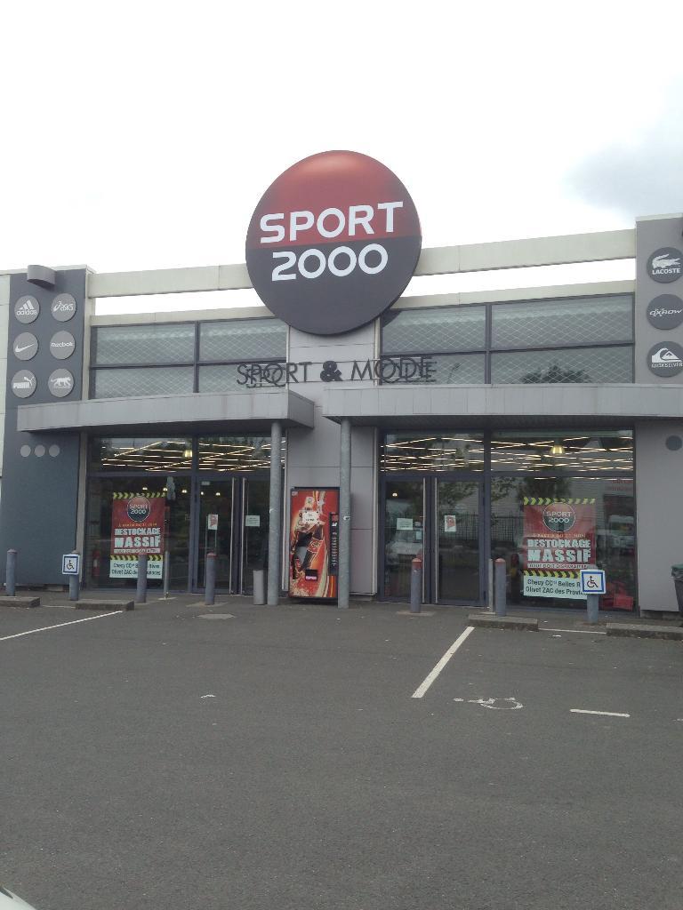 Sport 2000, 213 r Gascogne, 45160 Olivet Magasin de sport