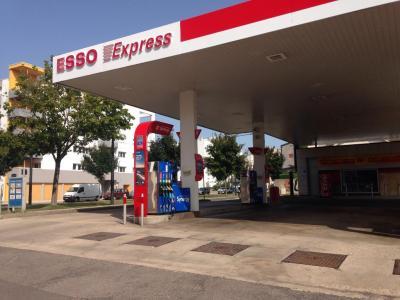 Station Esso Express - Station-service - Dijon