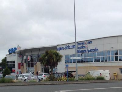 Location U - Supermarché, hypermarché - Binic-Étables-sur-Mer